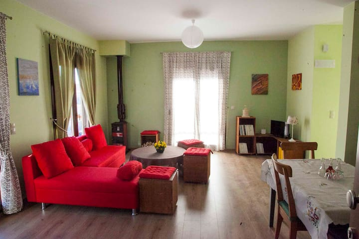 Independent apartment in a quiet suburb - Saloniki - Apartament