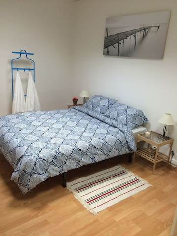 Clean & Big Double Room In Centre with Breakfast - Barcelona - Bed & Breakfast