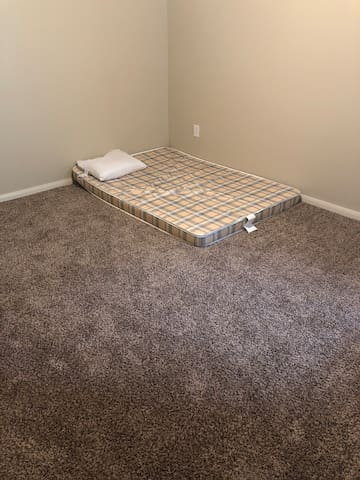 Decent room in a 2 bedroom apartment. No pets