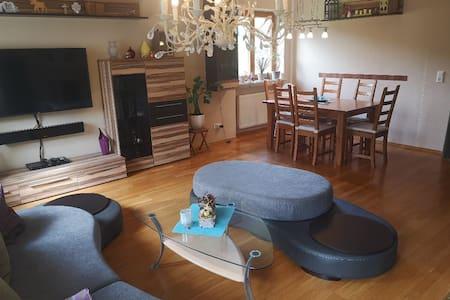 Ganzes Haus, ideal für Familien!!