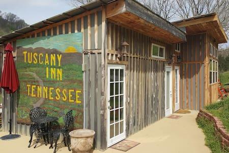 Tuscany Inn TN Combo-Grande-Piccolo - Szoba reggelivel