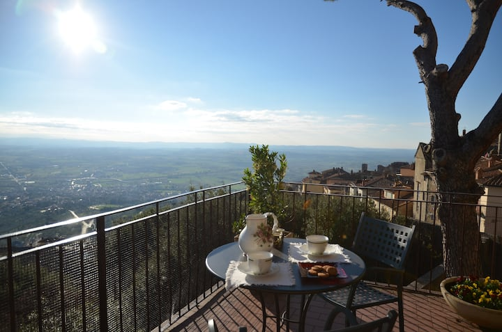 Donnaberarda2 -Apartment in Cortona