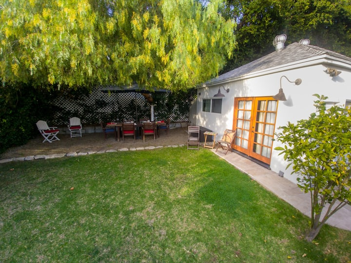 Private guest house in Los Feliz