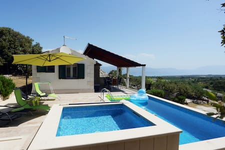 Villa Maria Škrip with sea view, 2 pools (heated)