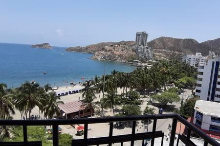 Frente a la Playa - Rodadero, Vista al Mar apto9B