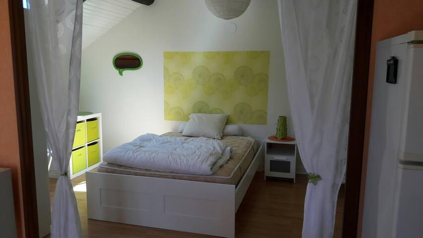 Studio à la campagne - Jours-lès-Baigneux - Appartement