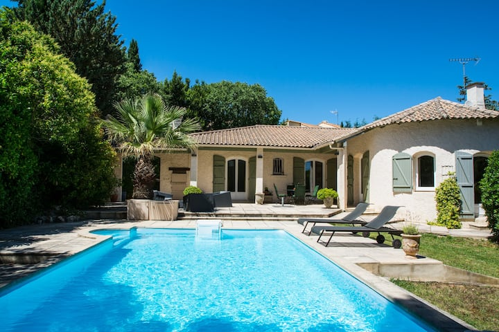 FAMILY HOME WITH POOL IN MONTPELLIER