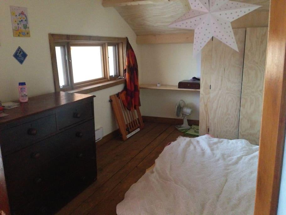 chambre privée avec balcon