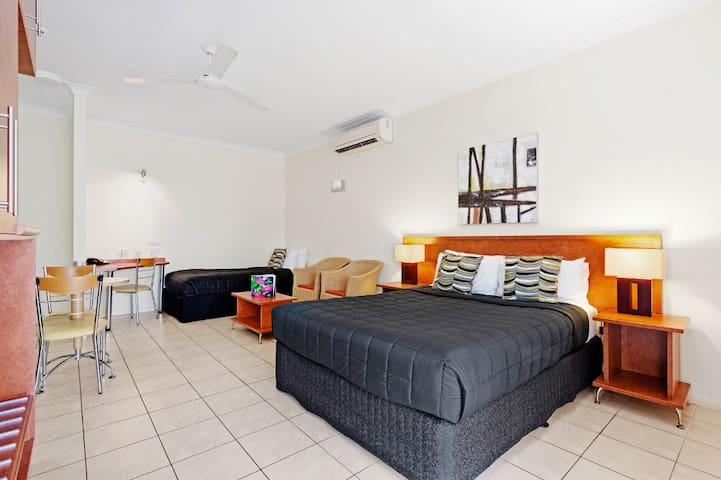Tranquil Studio Room in Cairns - Cairns North - Wohnung