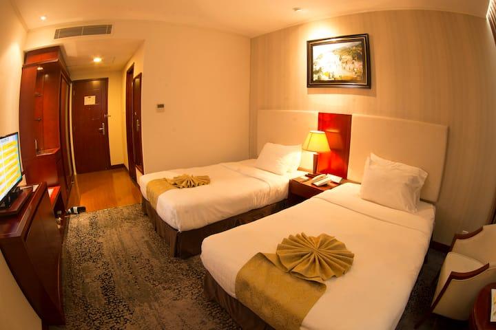 Khách sạn gần trung tâm, giáp cửa khẩu Việt Trung