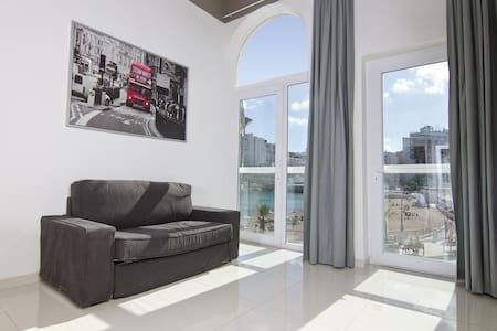 One Bedroom Seafront Apartment | Enhanced Cleaning