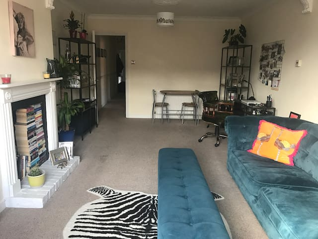 Lovely Flat in Reigate - Reigate - Apartment