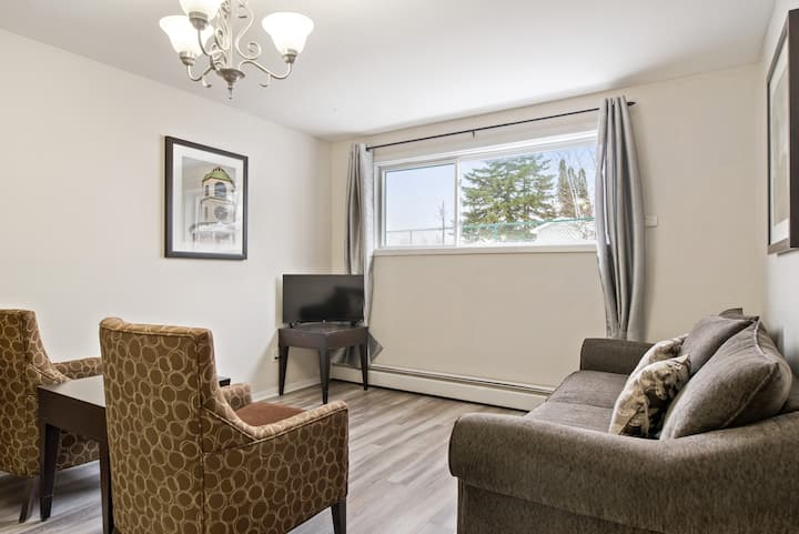Private - non-shared- 2 bedrooms - 1.2km to NBCC