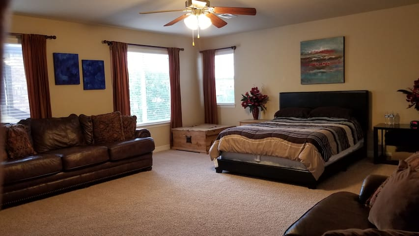 Huge relaxing room in beautiful home of Falcon, CO