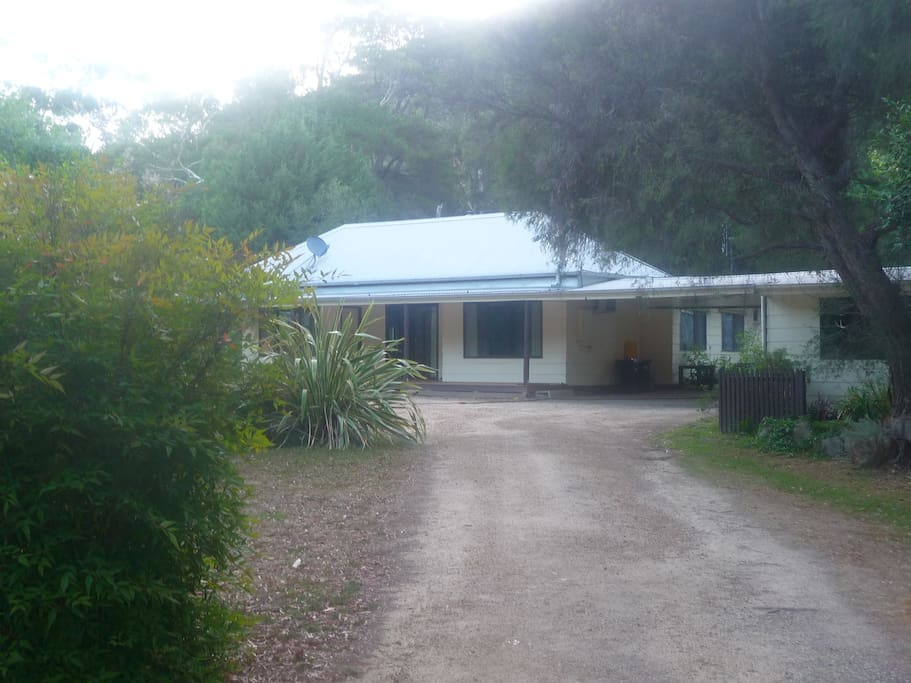 Homefield Homestead Houses For Rent In Halls Gap Victoria Australia