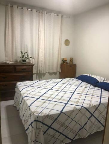 Santa Teresa: Quarto confortável e bem localizado!