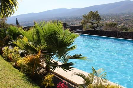Casa con alberca y jardín (Campamento) - Jiutepec