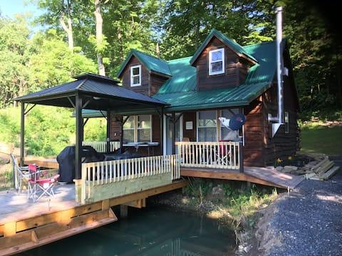 Little Lake Cabin