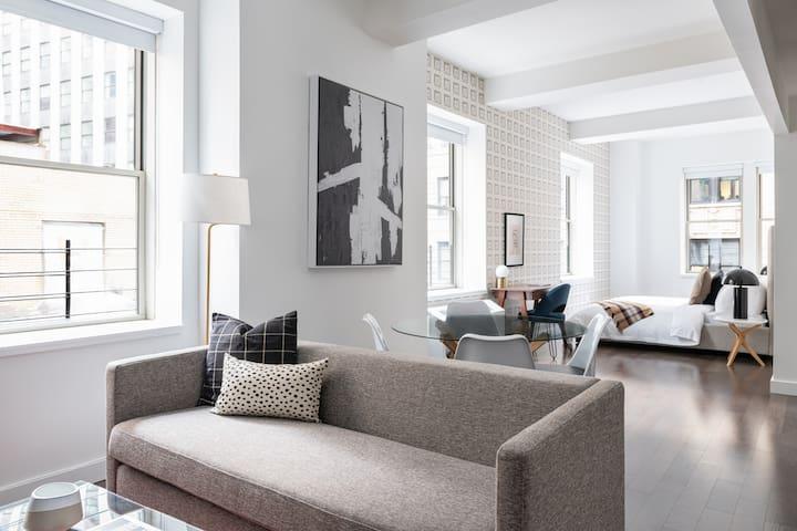Sonder | One Platt | Modern Studio + Rooftop