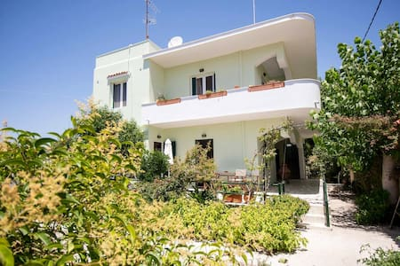 Skala Eresou - Meropi apartments(Thalassa)