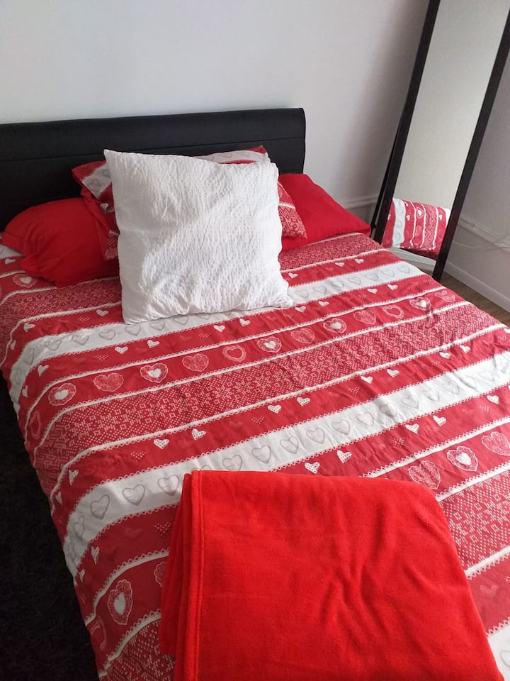 Chambre confortable et moderne