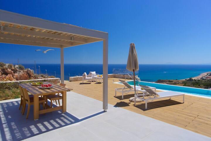 Idillic villa Ilia with unique sea views