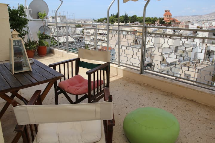 Suuny, nice,romantic apartment with large terrace!