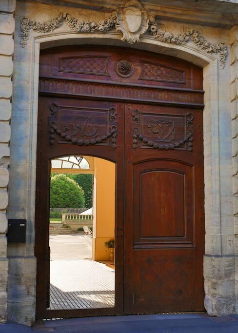 Porte sur rue