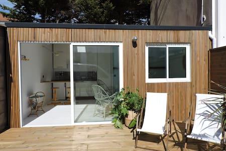Studio avec terrasse proche plage et centre - Saint-Gilles-Croix-de-Vie - Hus