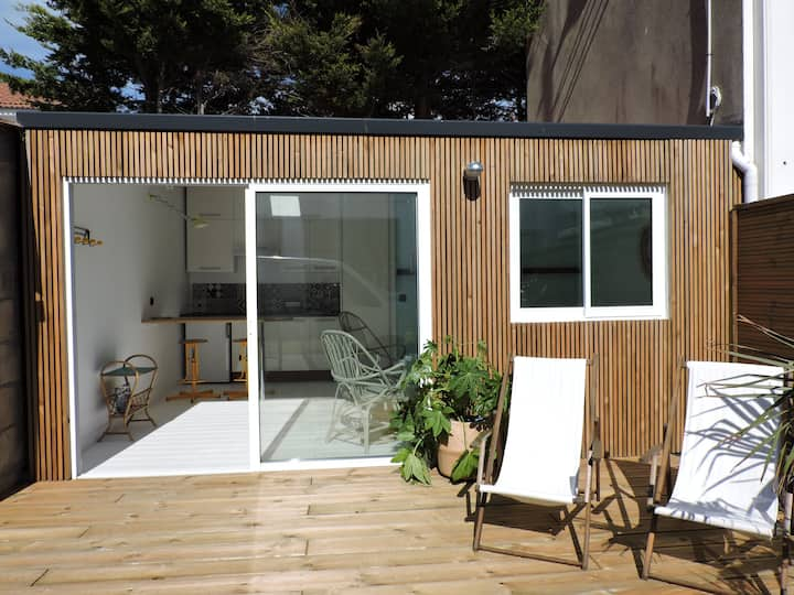 Studio avec terrasse proche plage et centre