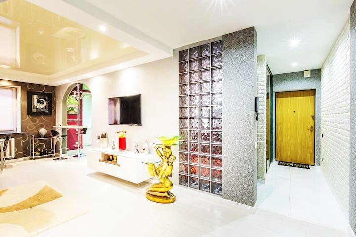 5* Luxury Studio Apartament Premium in the center.