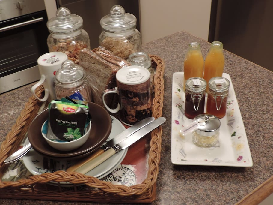 Scrumptious continental Breakfast awaits you in the Morning! Cereal, toast, Juice, tea,coffee, hot Chocolate.