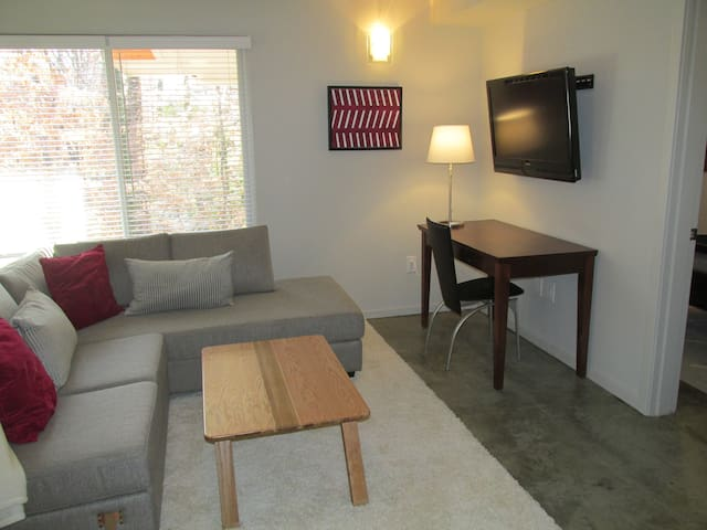 Modern Apartment -Piedmont Pk/VA-Highland/Midtown