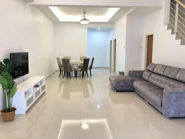 Kuala Selangor InstaHomestay