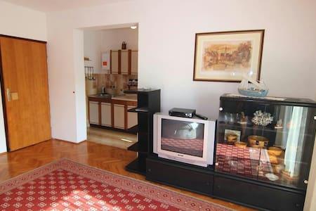Apartmani Lovre Pag-Cro (6 persons) - Pag - Lägenhet