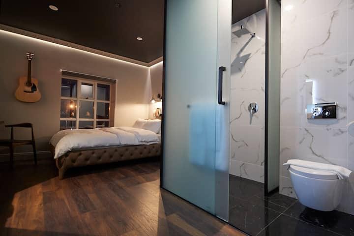 MicroSuite @ Hotel Akureyri