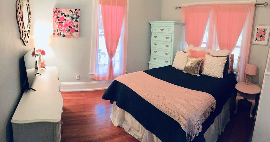 Cute 1 bedroom in St Elmo