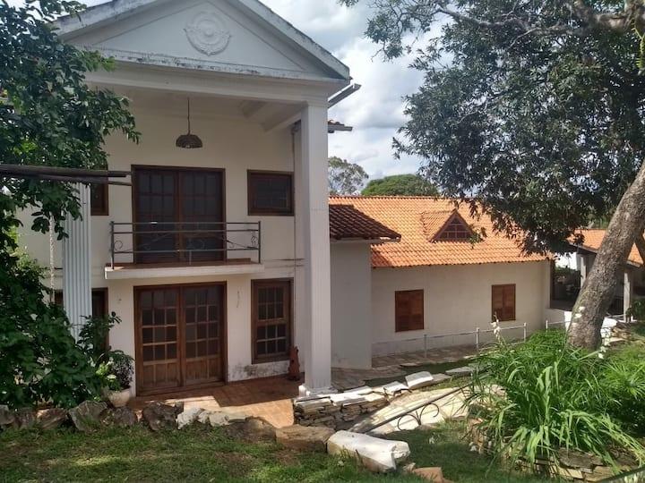 Casa Temporada vila residencial Furnas/ Capitólio