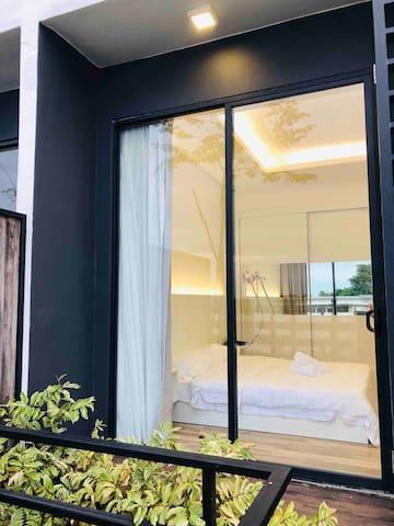 Ming Gala City Modern Style New Spacious Condo