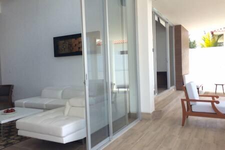 Moderna casa Directo al Mar en Barandua - Santa Elena