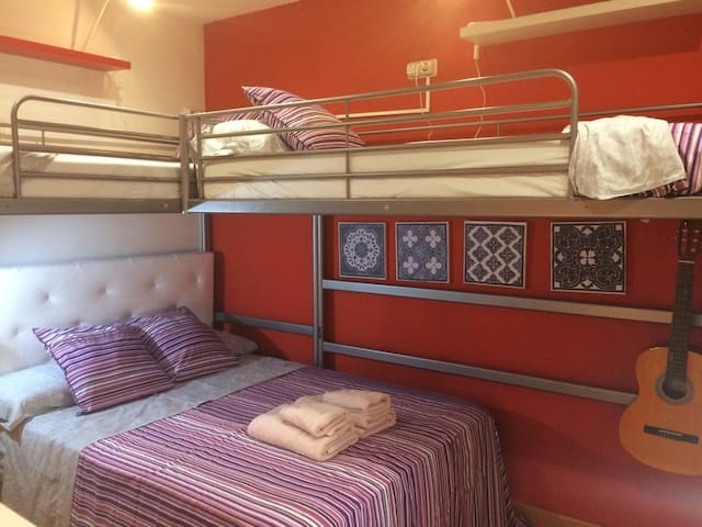 Centric Bright Room for up to 4 people