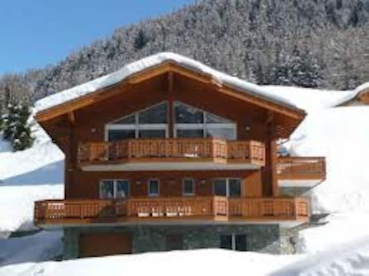 Luxury Chalet in a ski and spa resort