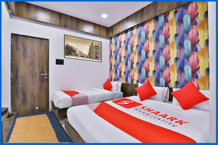 Hotel Blue Heaven- Hotel Near Airport
