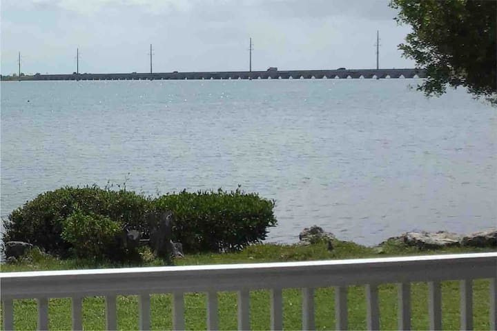 Entire Townhome on Duck key Sunset Side