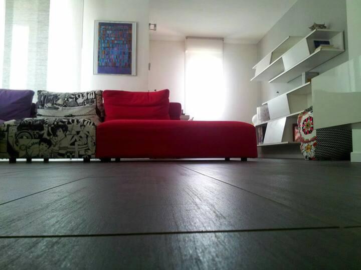 Camera in appartamento vicino Milano