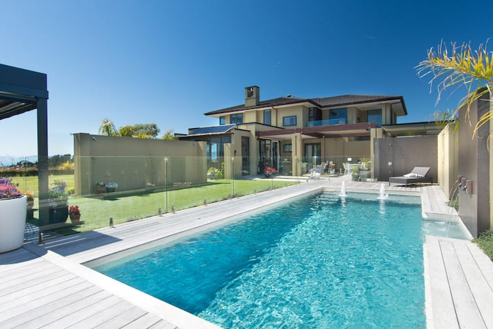 Ansarli Estate - Luxury Country Estate with Pool
