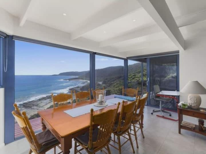 Wye Escape *NEW LISTING*  with amazing ocean views
