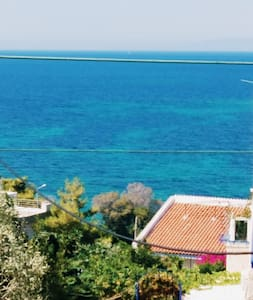 Sea view appartment 100m from the beach