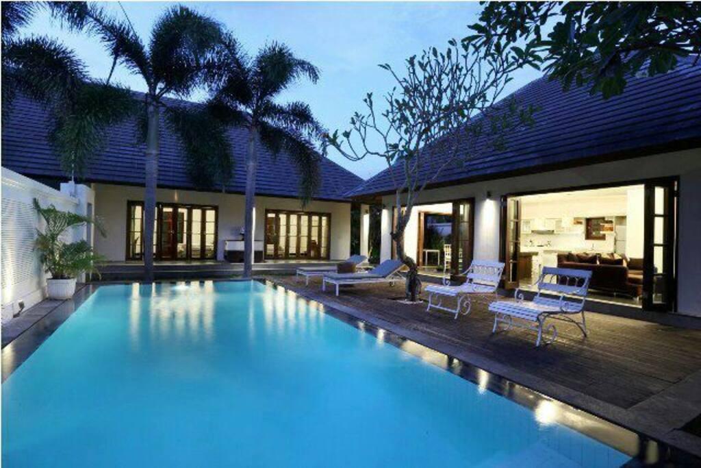 Cozy 2 Br Pool Villa Seminyak Villas For Rent In Seminyak Bali Indonesia