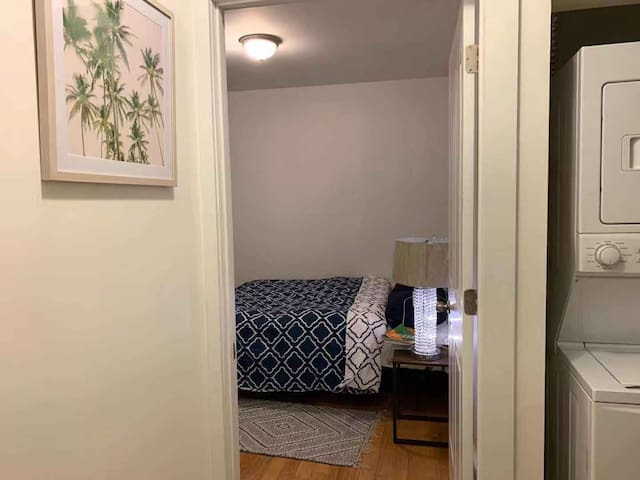 Classy Room #2 w/ Private terrace. Near LGA / JFK